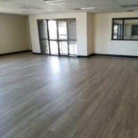 Laminated Flooring 16 TinyPNG