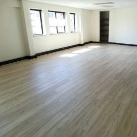Laminated Flooring 17 TinyPNG