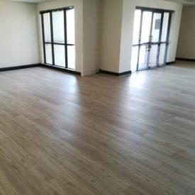 Laminated Flooring 19 TinyPNG