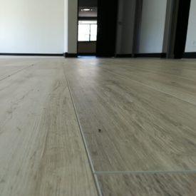 Laminated Flooring 20 TinyPNG