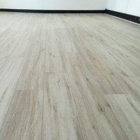 Laminated Flooring 21 TinyPNG