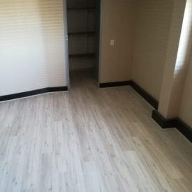 Laminated Flooring 23 TinyPNG