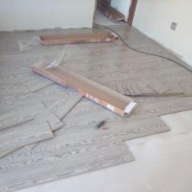 Laminated Flooring 24 TinyPNG