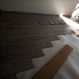 Laminated Flooring 27 TinyPNG