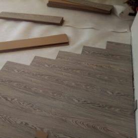Laminated Flooring 28 TinyPNG