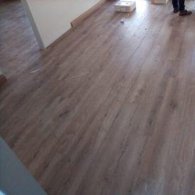 Laminated Flooring 29 TinyPNG