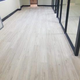 Laminated Flooring 32 TinyPNG